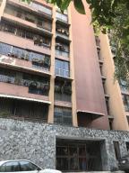 Apartamento En Ventaen Los Teques, Municipio Guaicaipuro, Venezuela, VE RAH: 19-8839