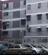 Apartamento En Ventaen Caracas, El Valle, Venezuela, VE RAH: 19-8797