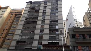 Apartamento En Ventaen Caracas, Parroquia La Candelaria, Venezuela, VE RAH: 19-8802