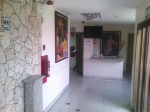 Local Comercial En Alquileren Barquisimeto, Parroquia Catedral, Venezuela, VE RAH: 19-8862
