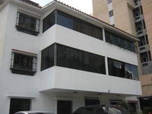 Apartamento En Ventaen Valencia, Sabana Larga, Venezuela, VE RAH: 19-8846