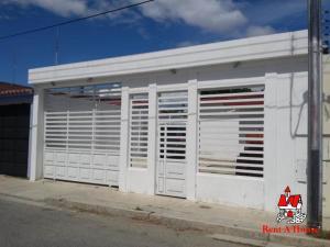 Casa En Ventaen Cagua, El Bosque, Venezuela, VE RAH: 19-8886