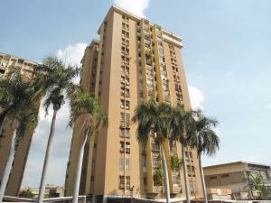 Apartamento En Ventaen Maracay, La Floresta, Venezuela, VE RAH: 19-8909