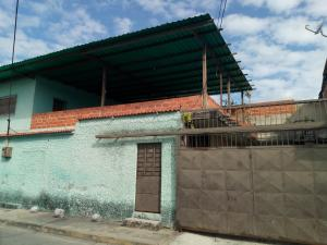Casa En Ventaen Maracay, La Coromoto, Venezuela, VE RAH: 19-8962