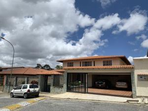 Casa En Ventaen Caracas, Los Naranjos Del Cafetal, Venezuela, VE RAH: 19-8979