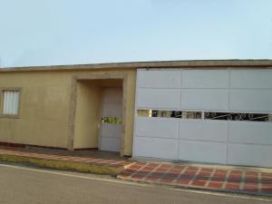Casa En Ventaen Maracaibo, San Miguel, Venezuela, VE RAH: 19-8972