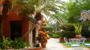 Casa En Ventaen Maracaibo, La Lago, Venezuela, VE RAH: 19-8982