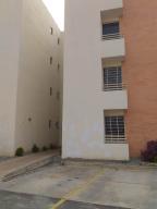 Apartamento En Ventaen Cabudare, Parroquia Cabudare, Venezuela, VE RAH: 19-8981