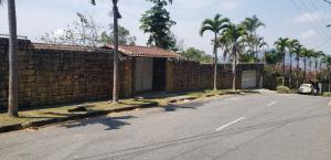 Casa En Ventaen Caracas, Baruta, Venezuela, VE RAH: 19-8983