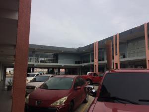 Local Comercial En Ventaen Punto Fijo, Puerta Maraven, Venezuela, VE RAH: 19-9024