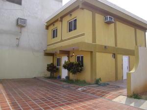 Casa En Ventaen Maracaibo, Cumbres De Maracaibo, Venezuela, VE RAH: 19-9048