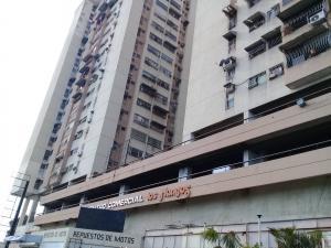 Apartamento En Ventaen Maracay, Zona Centro, Venezuela, VE RAH: 19-9029