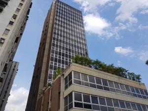 Oficina En Ventaen Caracas, Los Cortijos De Lourdes, Venezuela, VE RAH: 19-9073