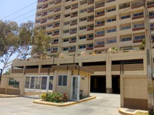 Apartamento En Ventaen Maracaibo, El Milagro Norte, Venezuela, VE RAH: 19-9140