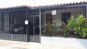 Casa En Ventaen Araure, San Francisco, Venezuela, VE RAH: 19-9229
