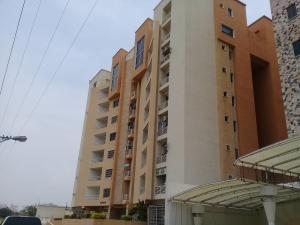 Apartamento En Ventaen Maracay, Los Chaguaramos, Venezuela, VE RAH: 19-9240