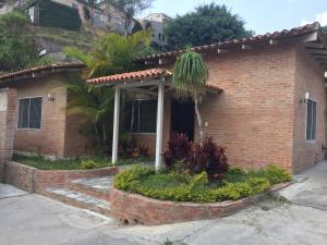 Casa En Ventaen Caracas, Los Guayabitos, Venezuela, VE RAH: 19-9369