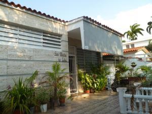 Casa En Ventaen Valencia, Trigal Centro, Venezuela, VE RAH: 19-9300