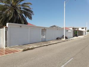 Casa En Ventaen Punto Fijo, Campo Maraven, Venezuela, VE RAH: 19-9336
