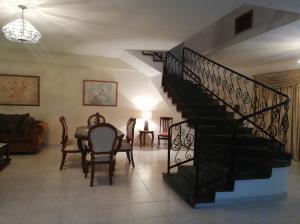 Apartamento En Ventaen Ciudad Ojeda, Plaza Alonso, Venezuela, VE RAH: 19-9340