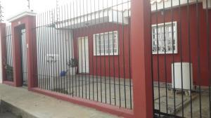 Casa En Ventaen Punto Fijo, Dona Emilia, Venezuela, VE RAH: 19-9402