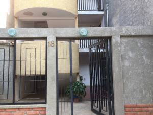Apartamento En Ventaen Punto Fijo, Las Virtudes, Venezuela, VE RAH: 19-9404