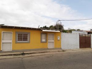 Casa En Ventaen Coro, Centro, Venezuela, VE RAH: 19-9421