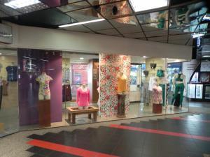 Local Comercial En Ventaen Caracas, Sabana Grande, Venezuela, VE RAH: 19-9433