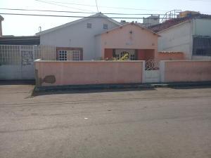 Casa En Ventaen Punto Fijo, Centro, Venezuela, VE RAH: 19-9446
