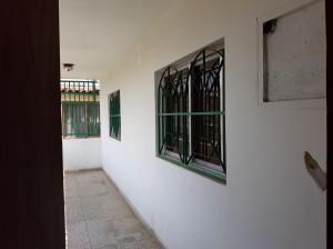 Apartamento En Alquileren Ciudad Ojeda, Calle Merida, Venezuela, VE RAH: 19-9852