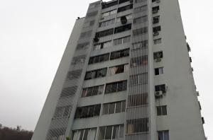Apartamento En Ventaen Municipio Naguanagua, Maã±Ongo, Venezuela, VE RAH: 19-9512