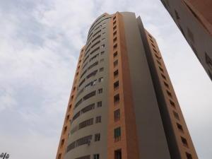 Apartamento En Ventaen Valencia, El Parral, Venezuela, VE RAH: 19-9631