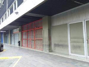 Local Comercial En Alquileren Caracas, Los Ruices, Venezuela, VE RAH: 19-9642