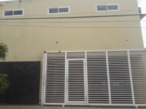 Apartamento En Alquileren Municipio San Francisco, Sierra Maestra, Venezuela, VE RAH: 19-9599