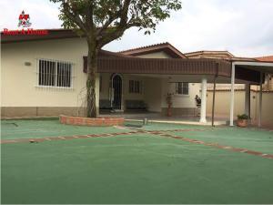Casa En Ventaen Maracay, El Limon, Venezuela, VE RAH: 19-9647