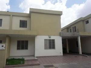 Casa En Ventaen Cabudare, Trapiche Villas, Venezuela, VE RAH: 19-9649