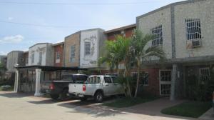 Casa En Ventaen Palo Negro, Conjunto Residencial El Oasis, Venezuela, VE RAH: 19-9652