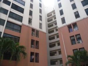Apartamento En Ventaen Maracay, Bosque Alto, Venezuela, VE RAH: 19-9671