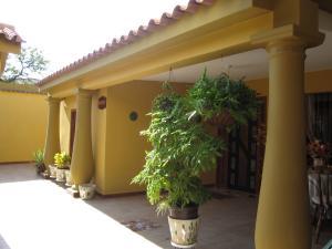Casa En Ventaen Turmero, Los Overos, Venezuela, VE RAH: 19-9678