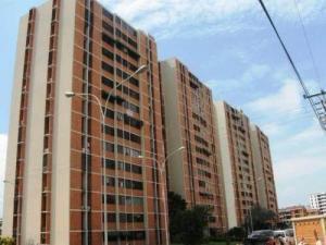 Apartamento En Ventaen Maracay, Bosque Alto, Venezuela, VE RAH: 19-9681