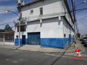 Local Comercial En Alquileren Maracay, Santa Rosa, Venezuela, VE RAH: 19-9721