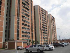 Apartamento En Ventaen Maracay, Bosque Alto, Venezuela, VE RAH: 19-9724