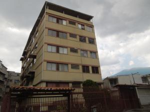 Apartamento En Ventaen Caracas, Colinas De Bello Monte, Venezuela, VE RAH: 19-9736
