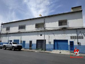 Local Comercial En Alquileren Maracay, Santa Rosa, Venezuela, VE RAH: 19-9738
