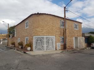 Casa En Ventaen Guatire, El Castillejo, Venezuela, VE RAH: 19-9766