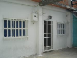 Casa En Ventaen Turmero, El Macaro, Venezuela, VE RAH: 19-9760