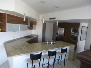 Apartamento En Ventaen Maracaibo, Avenida Bella Vista, Venezuela, VE RAH: 19-5460