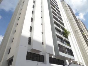 Apartamento En Ventaen Caracas, El Cigarral, Venezuela, VE RAH: 19-9954