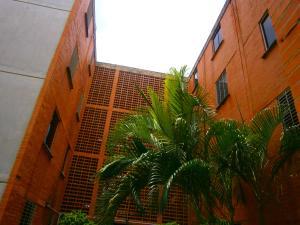 Apartamento En Ventaen Municipio San Diego, Monteserino, Venezuela, VE RAH: 19-9817