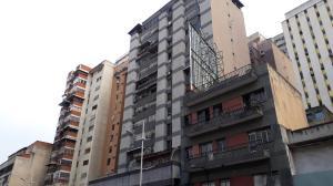 Apartamento En Ventaen Caracas, Parroquia La Candelaria, Venezuela, VE RAH: 19-9824